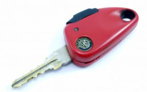 klíč alfa romeo vystřelovací 156 145 146 147 155 164 spider brera